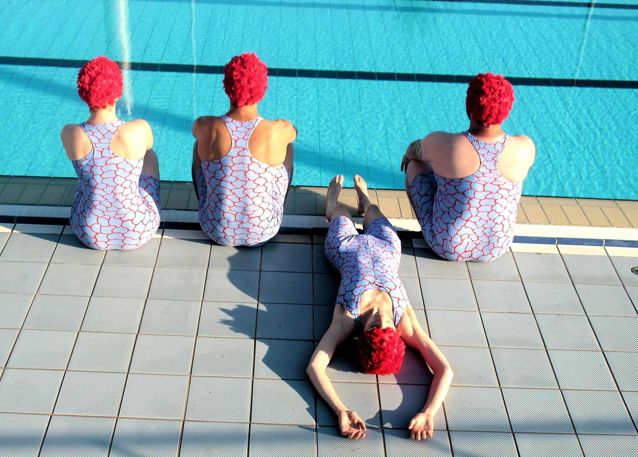 CRAWL dos photo piscine danse Vecteur spectacle rouen