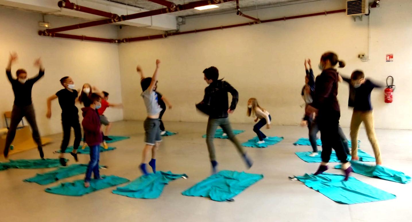saut crawl danse action culturelle collectif vecteur rouen normandie